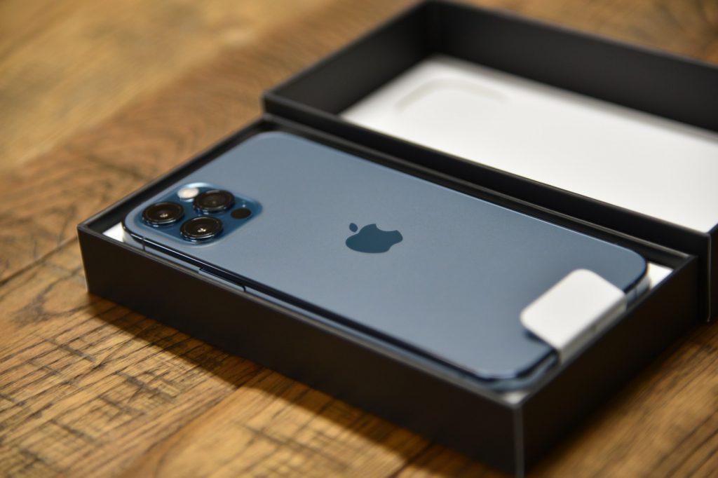 iPhone12-01