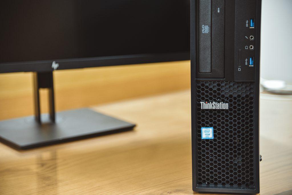 ThinkStation Xeon CPU搭載モデル02